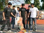 Emraan Hashmi Effigy Burnt Gym Instructors 020211 Aid