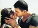 Yeh Saali Zindagi Arunoday Kiss Controversy 020211 Aid