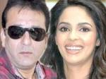Mallika Sherawat Sanjay Dutt Amrapali 030211 Aid