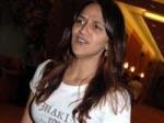 Ahana Deol Debut Aparna Sen 110211 Aid