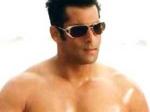 Salman Tribute Guinness World Record 030511 Aid