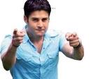 Rajeev Khandelwal Flirts Female Fans 040511 Aid