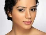 Sukriti Kandpal International Beautypageant 090511 Aid