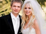 Avril Lavigne Deryck Marital Home Selling 180511 Aid