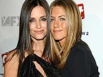 Jennifer Aniston Courteney Cox Friends 020611 Aid
