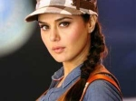 Preity Zinta Attempt Guinness World Records 150611 Aid