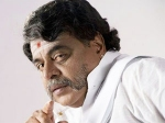 Ambareesh Turn Chief Minister Vajra 060711 Aid