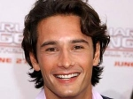 Rodrigo Santoro Play Jennifer Lopez Husband 060711 Aid