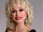 Dolly Parton Sacrificing Motherhood 230711 Aid