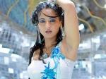 Anushka Groove Munni Gabbar Singh