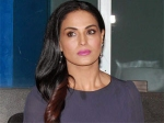 Veena Malik Lashes Media