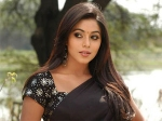 Poorna Shamna Kasim Remake Julie Chattakkari