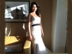 Priyanka Chopra Grammys Red Carpet White Gown