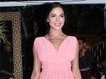 Veena Malik Kiss Transgender Girlfriend