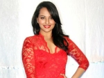 Sonakshi Sinha Says No To Kissing Exposure