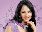 Lakshmi Manchu Erect Eco Friendly Set Gundello Godari