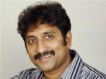 Srinu Vaitla Change Two Cameramen Baadshah