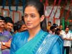 Priyamani Playing Sonia Gandhi Chandi Photos
