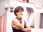 Bigg Boss Day Vinayak Joshi Mental