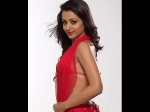 Pictures Of Tamil Actress In Red Hot Dress