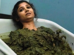 Bigg Boss 7 Ratan Rajput Made To Bathe In Dung