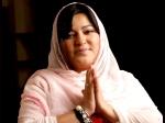 Dolly Bindra In Bigg Boss 7 Bollywood Supporting Tanisha Is No Wrong