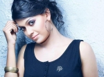 Anusree Loves To Do Glamorous Roles