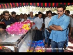 Photos Tollywood Celebrities Pay Homage Uday Kiran 129060 Pg