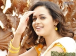Bhavana Eyes Bollywood Hollywood