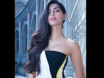 Style Diva Sonam Kapoor Voted As Teen Icon