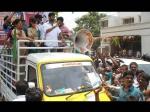 Photos Loose Madha Yogesh Amoolya Campaigning Geetha Shivaraj Kumar 136330 Pg