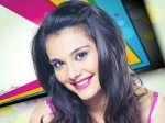 Sanjay Dutt Niece Nazia Hussain Roped In Aashiqui 2 Remake