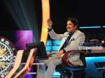Nagarjuna Enjoying Pressure Pleasure Of Meelo Evaru Koteeswarudu