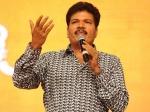 Shankar Good Words Boost Dhanush Velaiyilla Pattathari