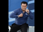 Salman Khan Sings For His Fans And Rocks In Canada