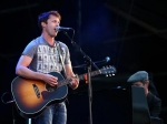 James Blunt Dedicates Song To Prince Harry