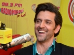 Hrithik Roshan Celebrates Bang Bang Success At Radio Mirchi