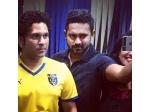 Asif Ali Selfie With Sachin Tendulkar