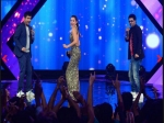 Gauhar Khan Woos The Audience By Her Dance Moves At Indias Raw Star
