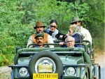 Kareena Kapoor Saif Ali Khan Enjoy Spotting Tigers