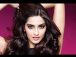 Sonam Kapoor Lucky Charm Leaves Her Blushing