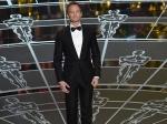 Oscars 2015 Neil Patrick Harris Sings Jokes Strips But Fails To Bring Fun