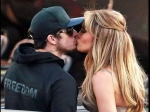 Jennifer Lopez And Casper Smart Confirm Dating With A Kiss
