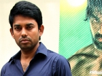 Director Saravanan Of Engaeyum Eppothum Fame Escapes Death