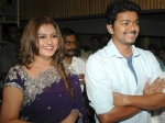 Glamorous Actress Sona Wants To Play Ilayathalapathy Vijay S On Screen Mother