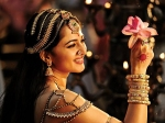 Anushka Upset With Rudramadevi Director Gunasekhar