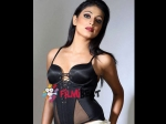 Haripriya To Learn Belly Dance For Neer Dose