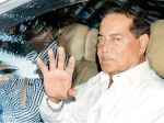 Salman Khans Father Salim Khan Gets Discharged Post Hernia Operation