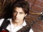 Earthquake Leaves Bollywood Stars Shaken 203061 Pg
