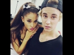 Justin Bieber Trying To Flirt With Ariana Grande Says She Looks So Good